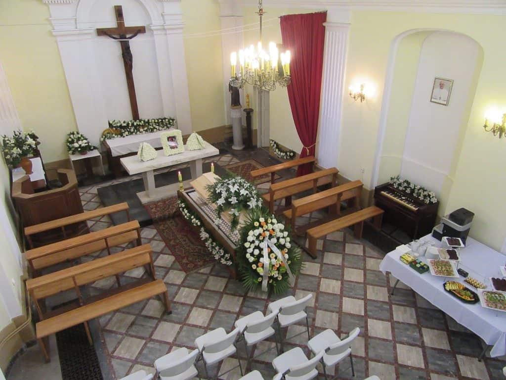 Ołtarz w kaplicy