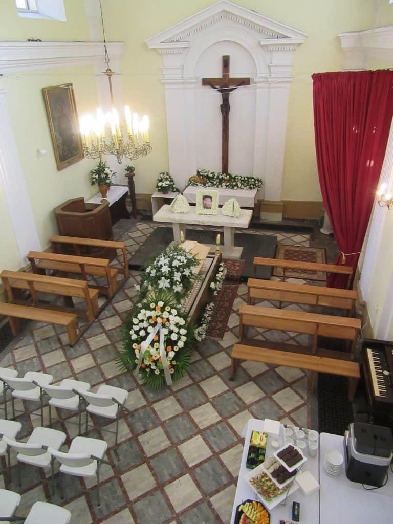 Pogrzeb w kaplicy