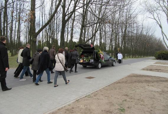 Pogrzeb organizowany przez Memento Mori
